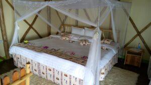 Lake Bunyonyi Rock resort Cottage